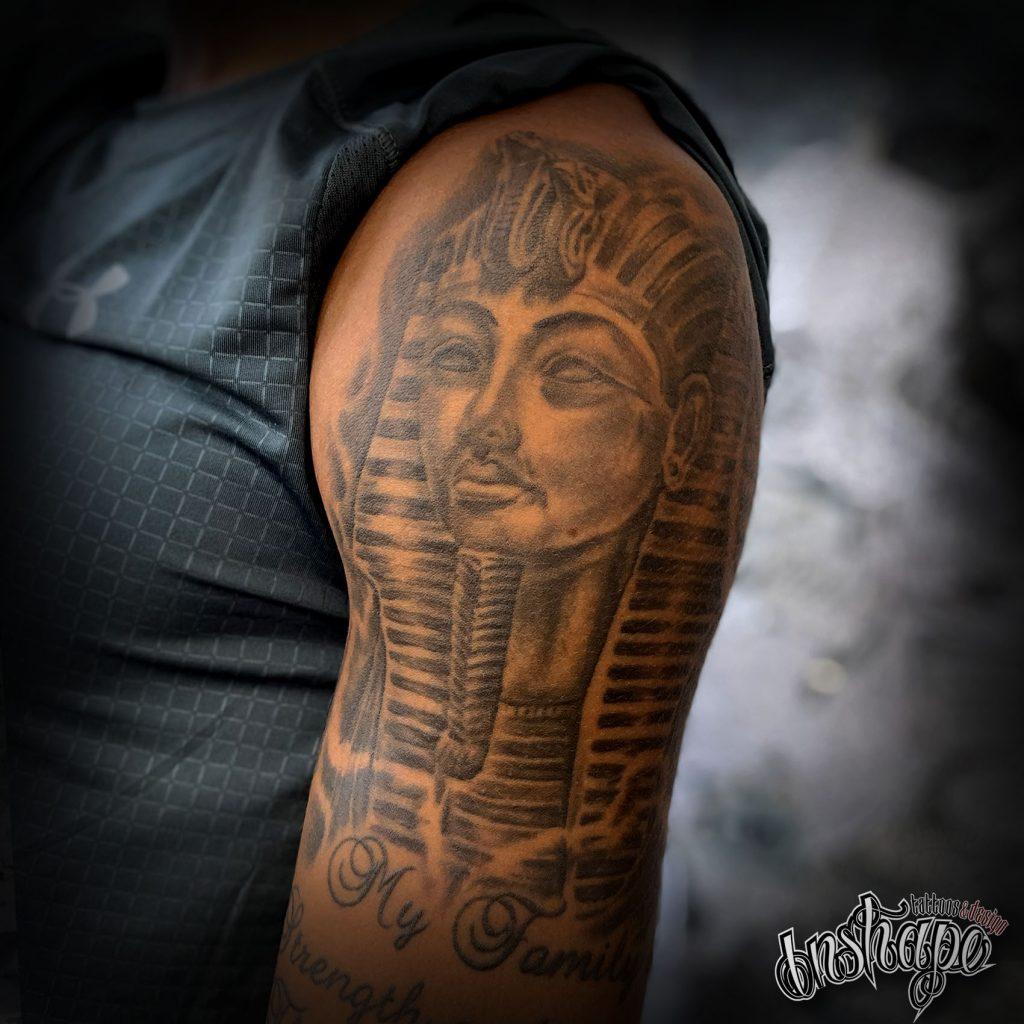 tattoos-blackandgrey-36